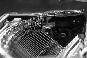 理念や情熱を主張し過ぎず「伝わる文章」を書くコピーライターになるには?