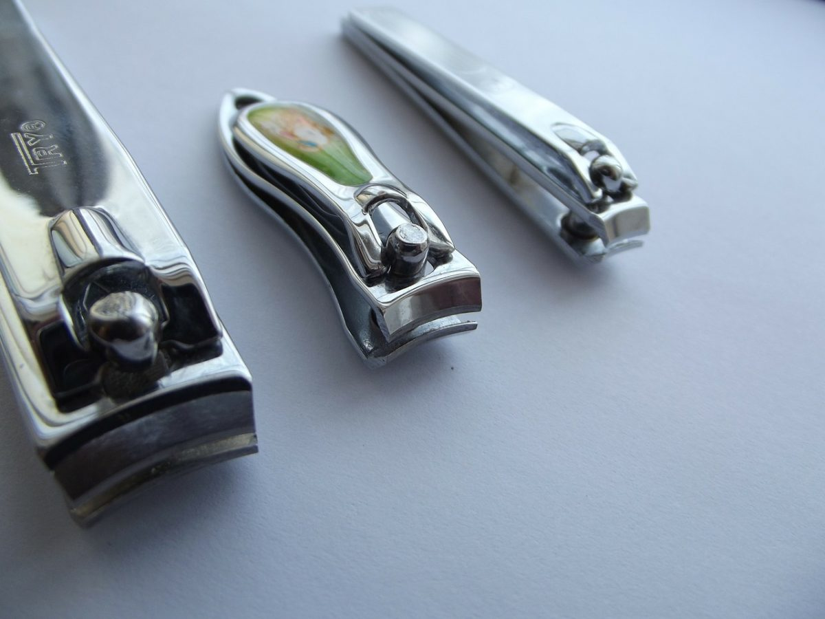 nail-clippers-106381_1280